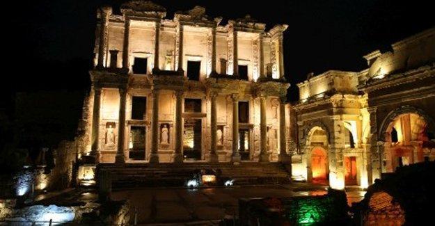 Dünya Miras Listesi'nin yarısı tehdit altında