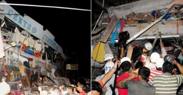 Ekvador'da 7.8 büyüklüğünde deprem