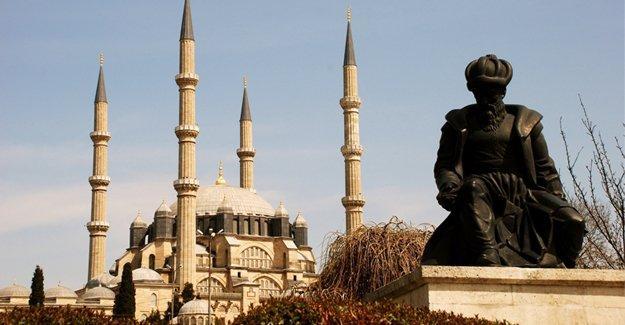 Erhan Afyoncu'ya göre Mimar Sinan Karamanlı Türk'üydü
