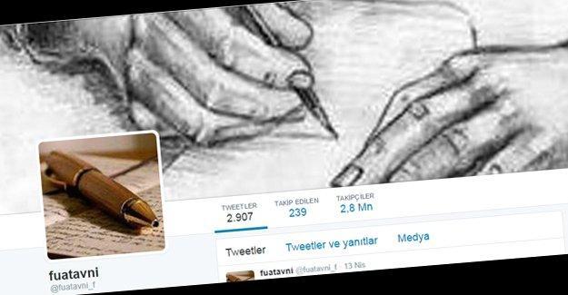 """""""Fuat Avni, Gana Cumhuriyeti'nden açılmış, Türkiye'de bilgisayardan tweet atıyor"""""""