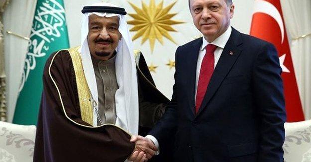 Guardian: Türkiye ve Suudi Arabistan Esad'ı devirmek istiyor
