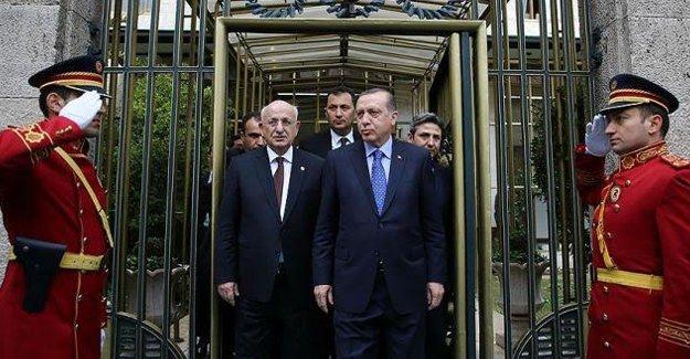 Hasan Cemal:Meclis Başkanı'nın laiklik çıkışı Erdoğan'la uyumlu