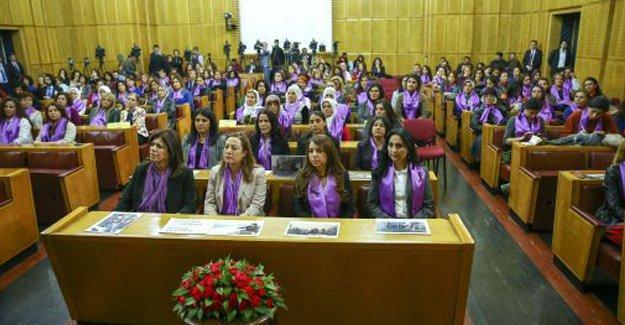 HDP Kadın Meclisi'nden HDP'li Altan Tan'a tepki