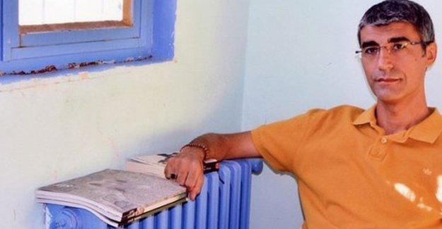 İlhan Çomak: Kürt Alevi kimliğimin yerine Türk Sünni kimliğe sahip olsam bırakırlardı