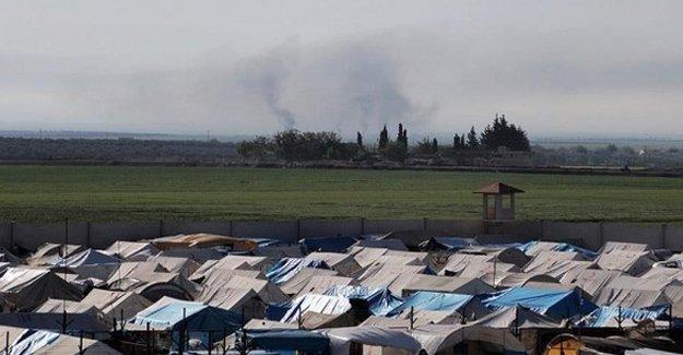 IŞİD, Türkiye sınırındaki sığınmacı kamplarına saldırdı