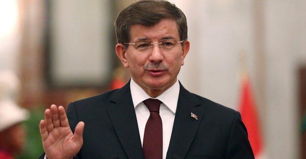 Davutoğlu atama yetkisinin elinden alınmasına ilişkin soruyu geçiştirdi