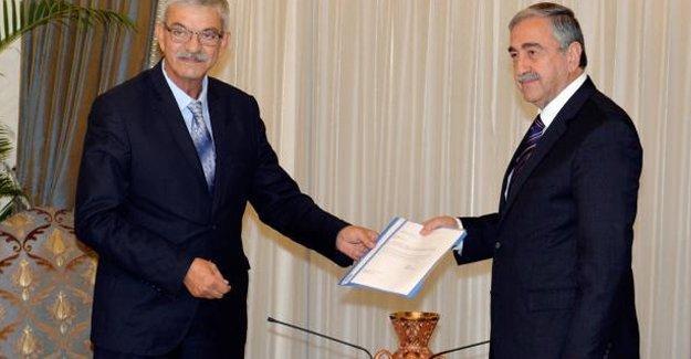 Kuzey Kıbrıs'ta koalisyon hükümeti dağıldı