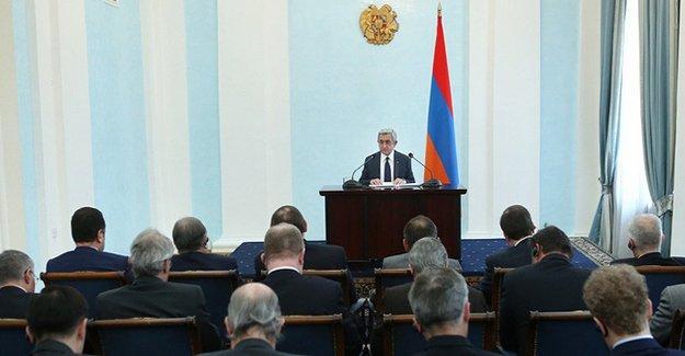 Sarkisyan: Çatışmalar artarsa Karabağ'ın bağımsızlığını tanırız