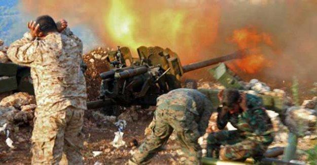 Suriye ordusu Palmira'dan sonra Hıristiyan kasabası Karyateyn'i de IŞİD'den aldı