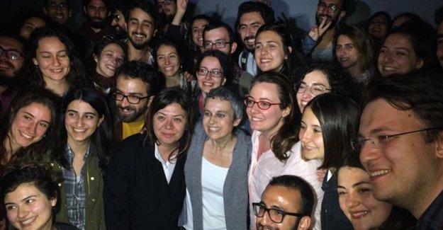 Tutuklu akademisyenler cezaevinden ayrıldı
