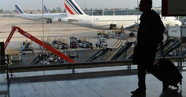 Yunanistan'la uçuşlar karşılıklı iptal