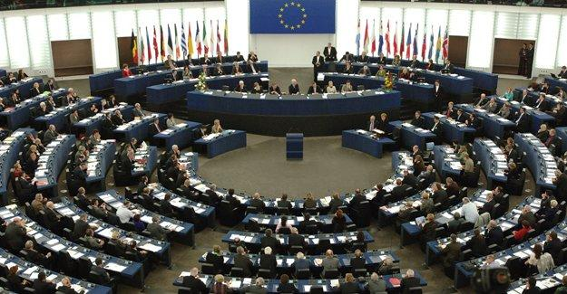 AP parlamenterlerinden Meclis'e 'dokunulmazlığa hayır' çağrısı