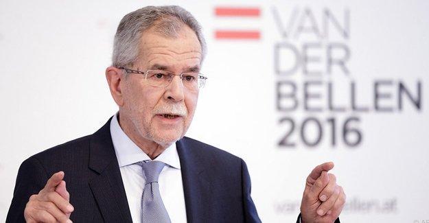 Avusturya'da zafer Yeşiller'in desteklediği Van der Bellen'in