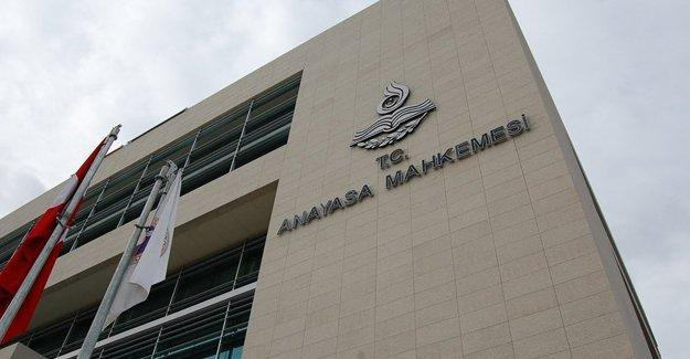CHP 'yargı paketi'nin iptali için AYM'ye başvurdu
