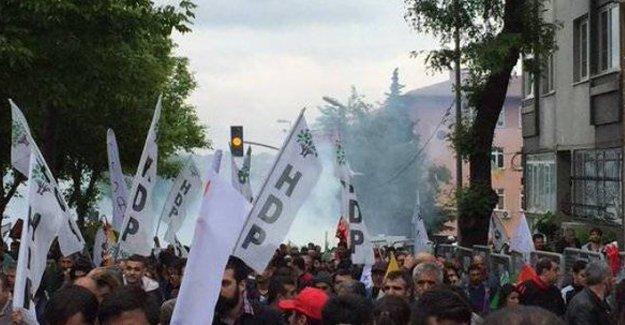 İstanbul 1 Mayısı'nda gözaltına alınan 5 kişi tutuklandı