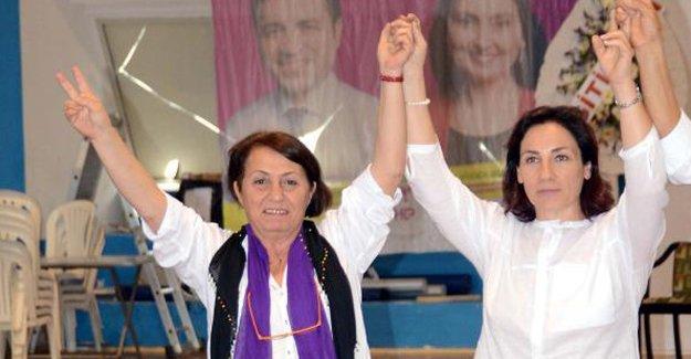 Bodrum HDP'ye iki kadın eş başkan