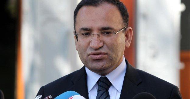 Bozdağ: MHP kongresine müdahale ettiğimiz iddiası iftiradır