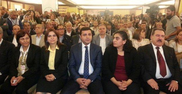 Sebahat Tuncel: Saray'a biat etmeyeceğiz