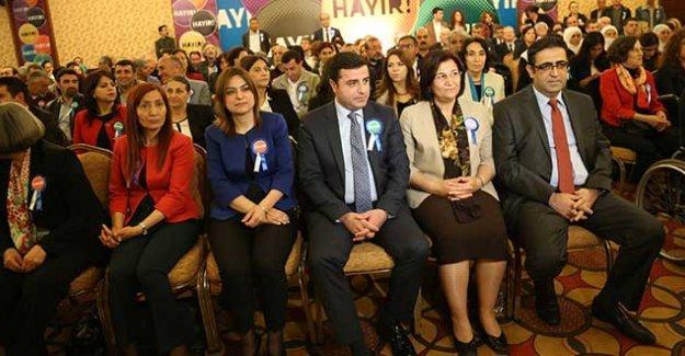 Demirtaş: Meclis'e yapılan darbeye karşı 'Hayır' kampanyası başlatıyoruz