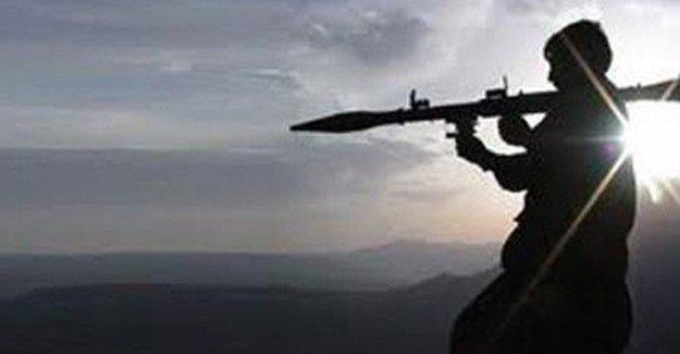 Diyarbakır'da iki polis noktasına eş zamanlı saldırı