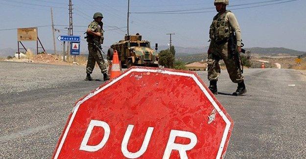 Diyarbakır'ın Lice ve Hani ilçelerinin yolları kapatıldı