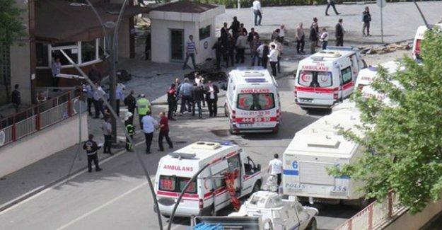 Antep saldırısında yaşamını yitiren polis sayısı 3'e yükseldi