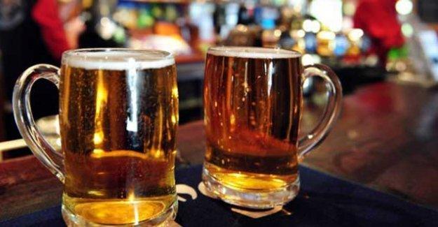 Günde bir ya da iki bira 'sağlığa zarar vermiyor ve kalp krizi riskini azaltıyor'