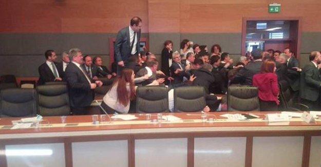 HDP dokunulmazlık komisyonunundan çekildi