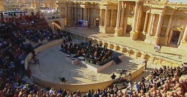 IŞİD'den kurtarılan Palmira'da konser