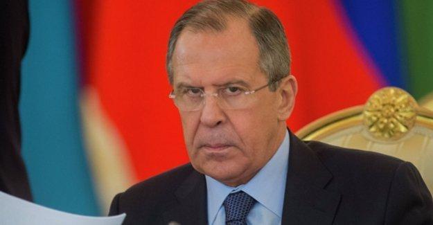 Lavrov: Türkiye'ye 'zeytin dalı' uzatacağımızı söylemedik