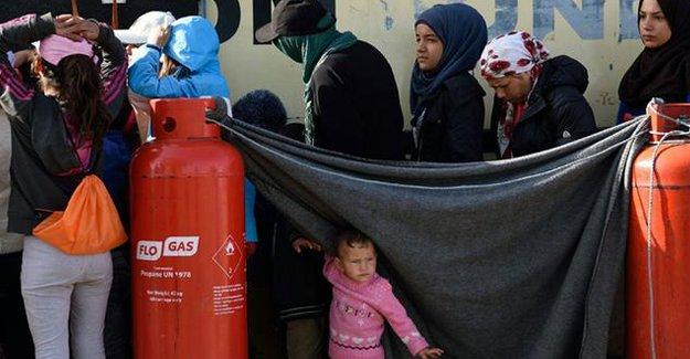 Sığınmacı kampında genelev açıldı iddiası
