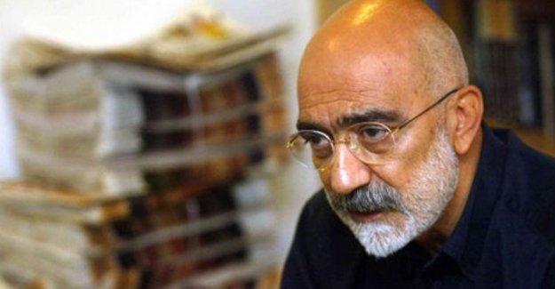 Ahmet Altan: Veli Küçük 'protokol' sıralarındaki yerini aldı