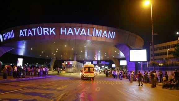 Atatürk Havalimanı'nda patlama: Ölü sayısı artıyor