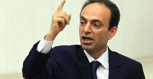 Baydemir'den Erdoğan'a: Başbakan'ı görevden al, dünya lider görsün