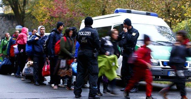 Bild: Sığınmacı kız çocukları Almanya'ya gelmeden evlendiriliyor