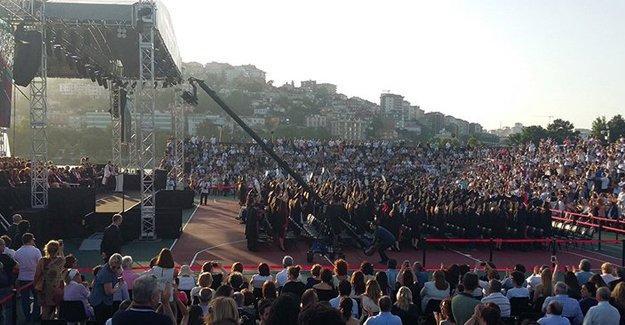 Bilgi Üniversitesi'nde protesto: Burası bizim değil bizi öldürmek isteyenlerin memleketi
