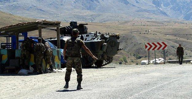 Bitlis'te silahlı saldırı: 1 asker hayatını kaybetti