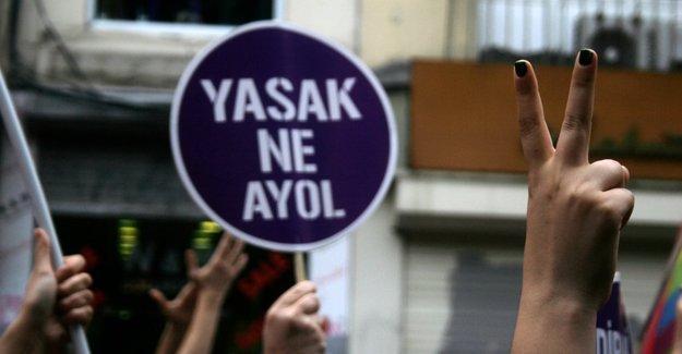 'Engellenen' LGBTİ+ Onur Yürüyüşü'nün basın açıklaması