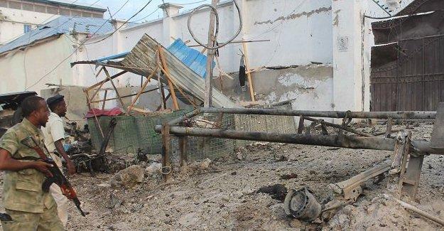 Eş Şebab'ın otel saldırısında en az 14 kişi yaşamını yitirdi