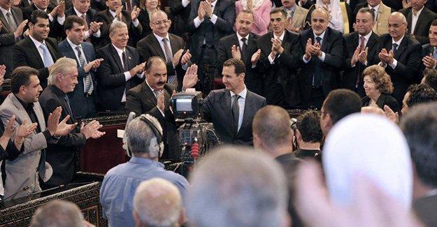 Suriye Devlet Başkanı Esad, yeni hükümeti açıkladı