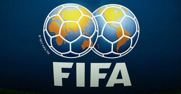 FIFA yöneticilerine haksız kazanç suçlaması