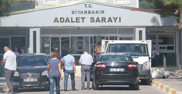 HDP'li vekillere ait 30 fezleke Diyarbakır Cumhuriyet Başsavcılığı'nda