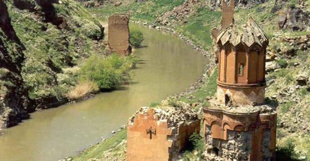 Kars'taki Ani Harabeleri Dünya Mirası Listesi'ne sunulacak