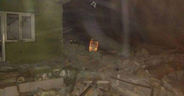 Mardin'de Jandarma Komutanlığı'na bombalı araçla saldırı