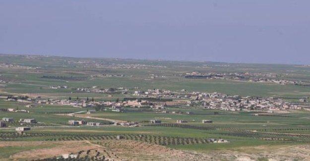 Minbic-Halep yolunda bir köy IŞİD'den alındı