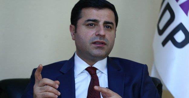 Demirtaş: Devlet Öcalan'la görüşüyorsa da müzakere anlamına gelmez
