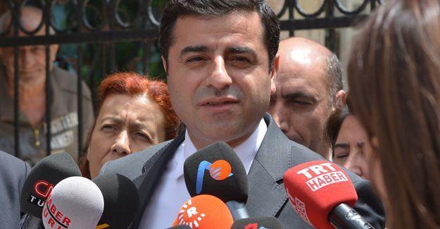 Selahattin Demirtaş'tan siyasi parti liderlerine çağrı