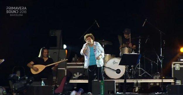 Selda Bağcan, Barselona'da konser verdi
