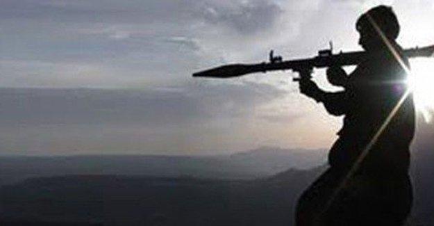 Şemdinli'de tabura silahlı saldırı: Ölü ve yaralılar var