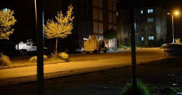 Şırnak'ta polis aracına saldırı: 3 polis yaralı